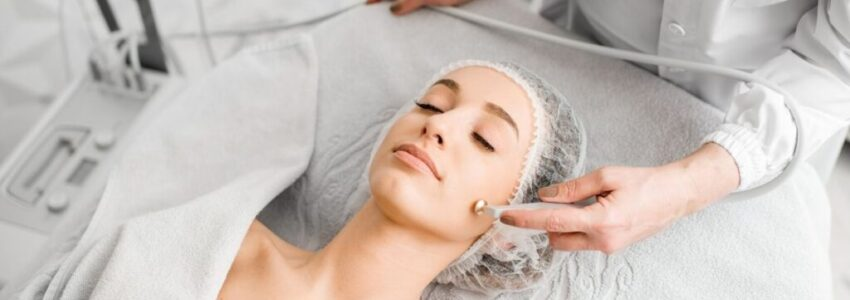 A woman having a deep pore cleansing facial